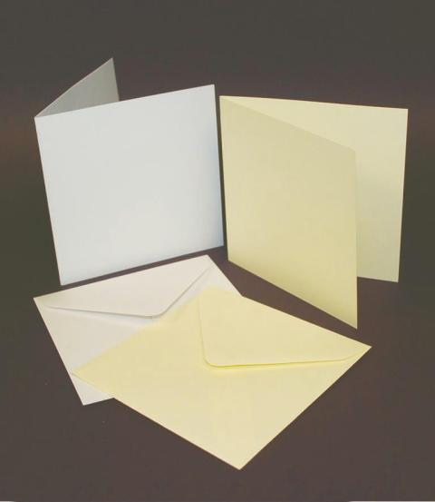 5'X5' IVORY CARD & ENVELOPES